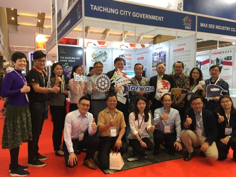 中市府率手工具產業前進印尼拚國際訂單。(記者劉明福翻攝)