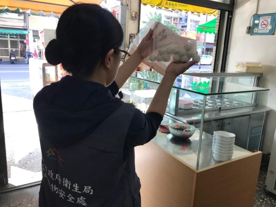 中市抽驗賣場及餐廳冬至應景食品 122件全數合格。(記者張越安翻攝)