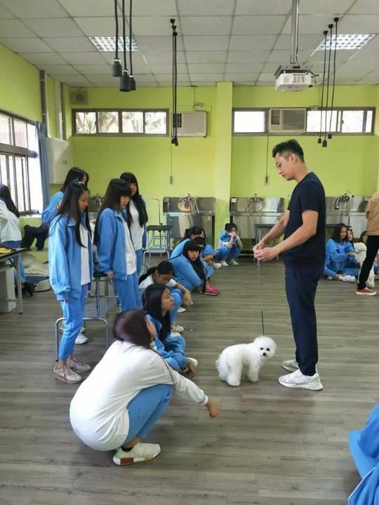 圖文:12日舉辦寵物經營科產學合作記者會強化學生就業競爭力。(孫崇文翻攝)