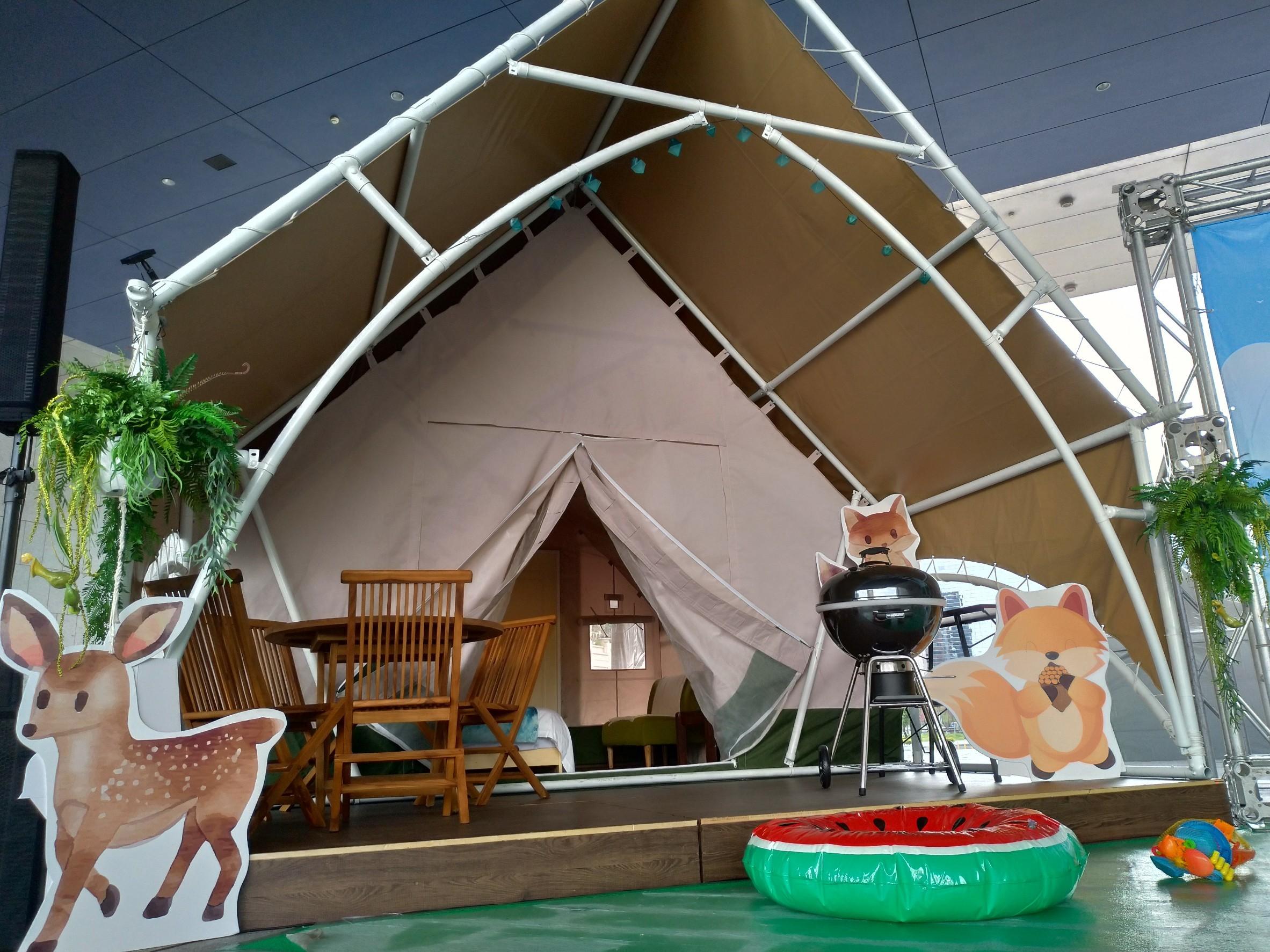 親子露營玩水勝地設備大升級 大安濱海樂園豪華露營區6月亮眼登場。(記者林俊維翻攝)