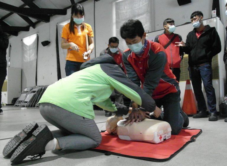 環保人員CPR+AED教育訓練。