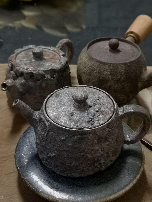 陳金旺以大肚山紅土研發的鐵定系列茶器