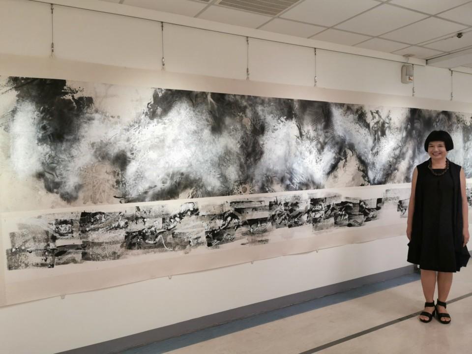 江心靜和她的大型作品「記憶維度」