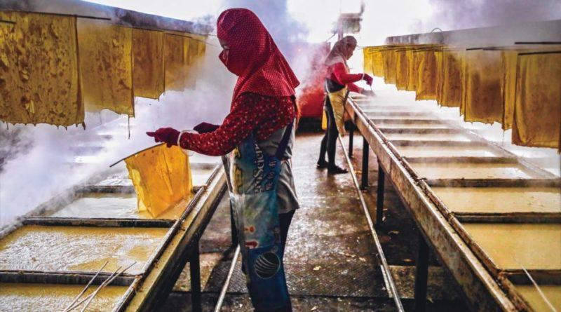 攝影家蔡來旺的傳統行業豆皮製作